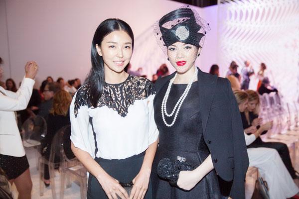 Lý Nhã Kỳ với style quyền quý bên cạnh Hoa đán Diêu Tinh Đồng