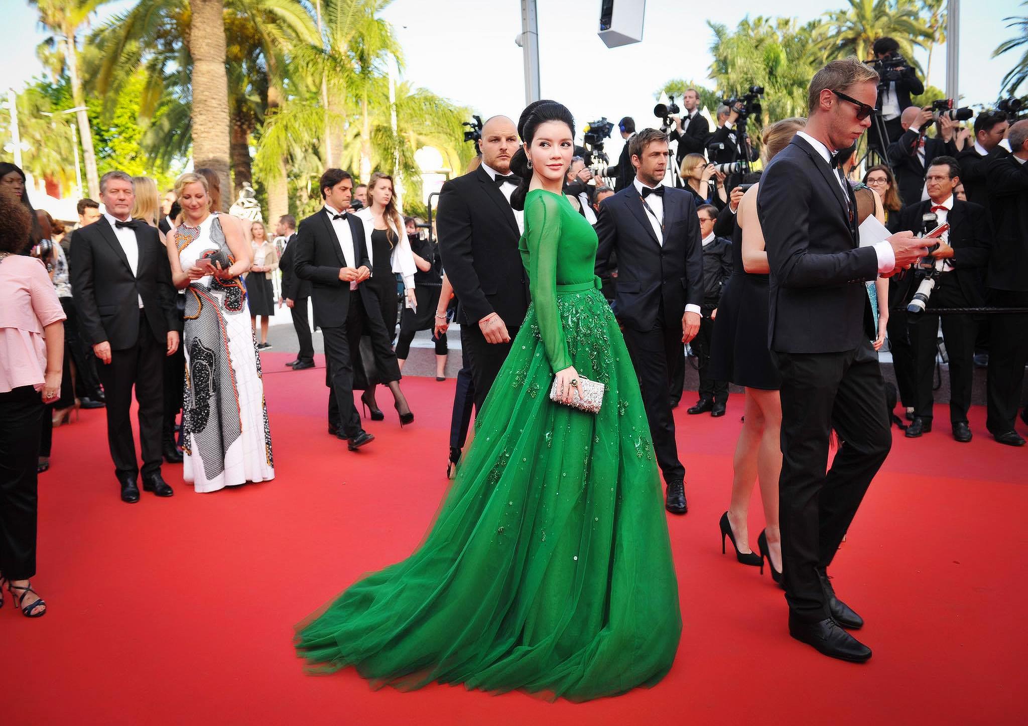 Vẻ đẹp đầy chất thơ của Lý Nhã Kỳ tại Cannes 2016