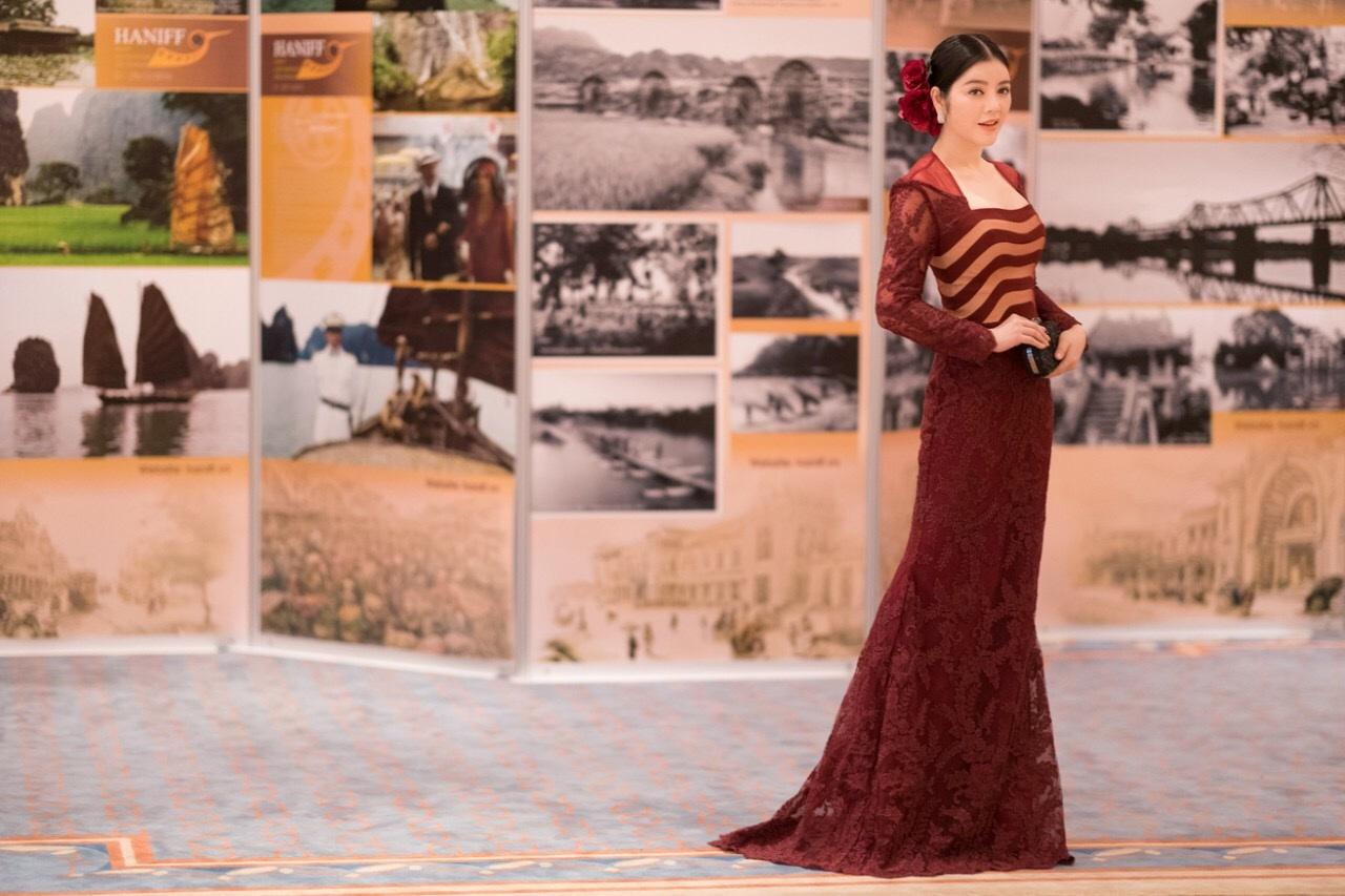 Lý Nhã Kỳ tại lễ bế mạc LHP quốc tế Hà Nội 2016