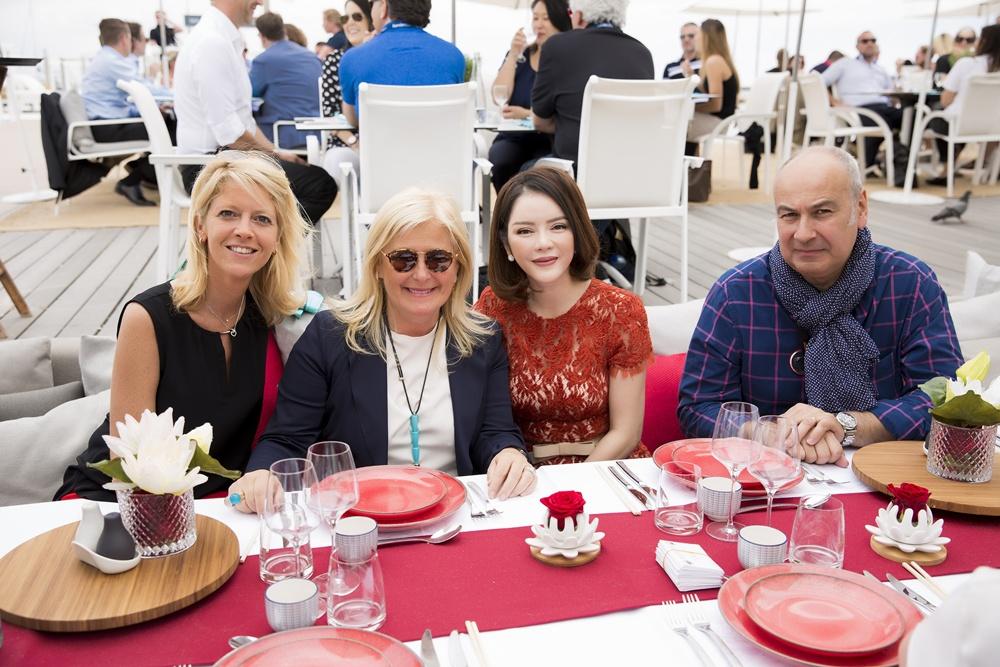 Lý Nhã Kỳ mở tiệc dành cho khách VIP tại bãi biển Majestic Cannes 2017
